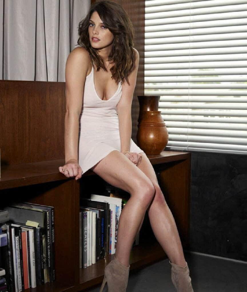 Ashley Michele sexy legs