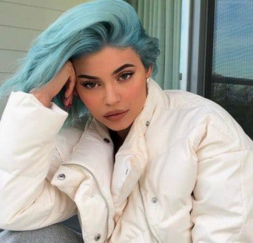 Blue color hair dye