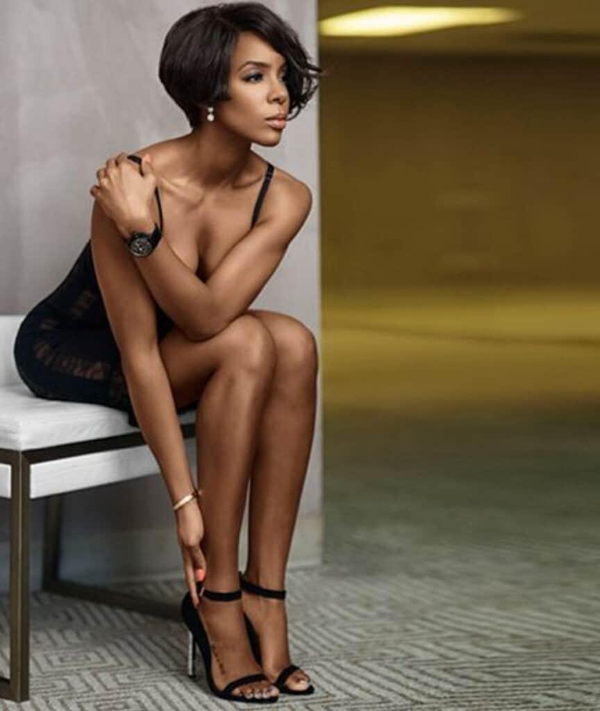 Kelly Rowland beautiful legs
