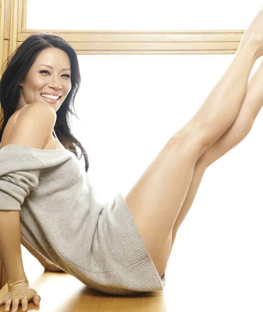 Lucy Liu sexy legs