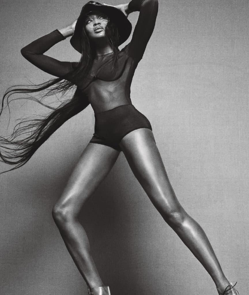 Naomi Campbell beautiful legs
