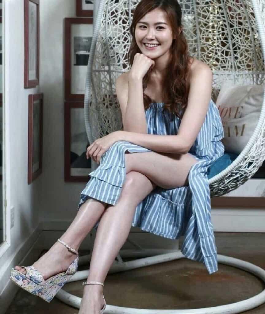 Paige Chua sexy legs