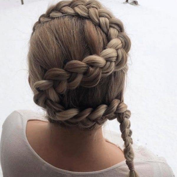 Dutch snake hair braid