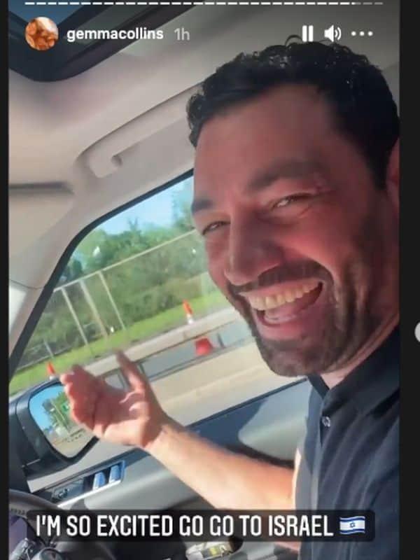 Rami singing in his car