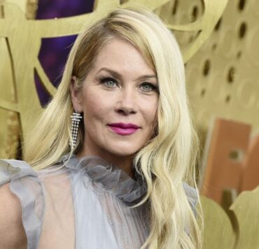 Christina Applegate Diagnosed With Multiple Sclerosis