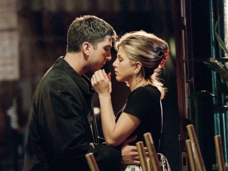 David Schwimmer Denies Swirling Romance Rumors With Co-star Jennifer Aniston